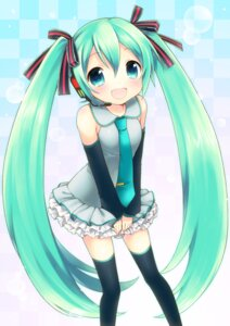 Rating: Safe Score: 25 Tags: hatsune_miku mani thighhighs vocaloid User: fairyren