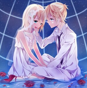 Rating: Safe Score: 15 Tags: dress kagamine_len kagamine_rin kouko vocaloid User: Nekotsúh
