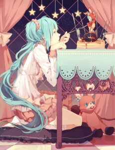 Rating: Safe Score: 62 Tags: animal_ears bunny_ears cream hatsune_miku lots_of_laugh_(vocaloid) ovos vocaloid User: Mr_GT