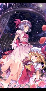 Rating: Safe Score: 40 Tags: flandre_scarlet hinooka_shuuji remilia_scarlet touhou User: fairyren