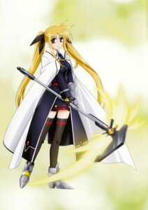 Rating: Safe Score: 15 Tags: fate_testarossa mahou_shoujo_lyrical_nanoha mahou_shoujo_lyrical_nanoha_strikers User: syaoran-kun