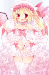 Rating: Safe Score: 22 Tags: flandre_scarlet ranhana thighhighs touhou wings User: itsu-chan