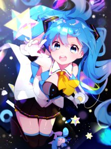 Rating: Safe Score: 27 Tags: goroo_(eneosu) hatsune_miku headphones thighhighs vocaloid User: sym455