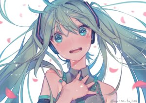 Rating: Safe Score: 27 Tags: 778-go hatsune_miku headphones vocaloid User: Mr_GT