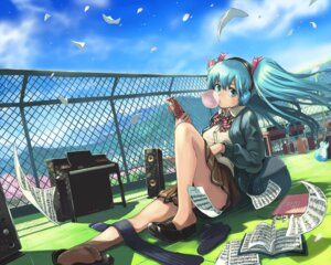 Rating: Safe Score: 18 Tags: feet hatsune_miku igarashi_youhei seifuku vocaloid User: Radioactive