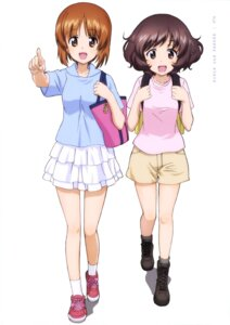 Rating: Safe Score: 14 Tags: akiyama_yukari girls_und_panzer nishizumi_miho User: drop