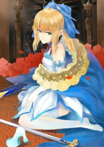 Rating: Safe Score: 21 Tags: citemer dress fate/stay_night heels saber sword thighhighs User: charunetra