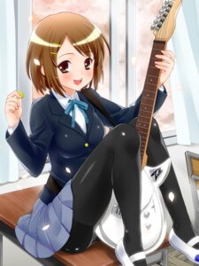 Rating: Questionable Score: 26 Tags: akito_(artist) guitar hirasawa_yui k-on! pantsu pantyhose seifuku User: blooregardo