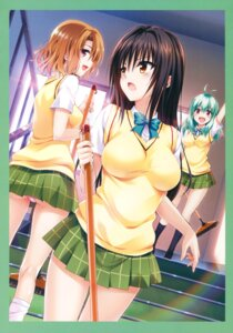Rating: Questionable Score: 88 Tags: kotegawa_yui momioka_risa pantsu run_elsie_jewelria seifuku tail to_love_ru to_love_ru_darkness yabuki_kentarou User: Twinsenzw