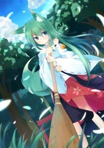 Rating: Safe Score: 39 Tags: animal_ears kitsune komainu_akira miko tail User: zero|fade