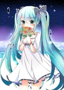 Rating: Safe Score: 47 Tags: dress freeze hatsune_miku vocaloid User: tbchyu001