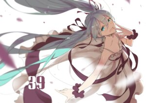 Rating: Safe Score: 60 Tags: cleavage hatsune_miku lf vocaloid User: nphuongsun93