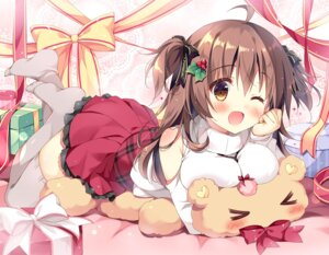 Rating: Safe Score: 49 Tags: cocoa_(pan_no_mimi) pan pan_no_mimi sweater thighhighs User: 蕾咪