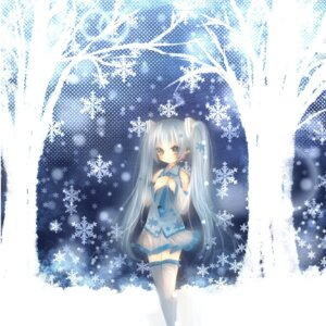 Rating: Safe Score: 20 Tags: hatsune_miku ou vocaloid yuki_miku User: charunetra