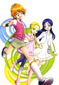 Rating: Safe Score: 6 Tags: dress futari_wa_pretty_cure kamikita_futago kujou_hikari misumi_nagisa pretty_cure yukishiro_honoka User: drop