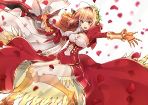 Rating: Safe Score: 20 Tags: armor cleavage dress fate/extra fate/stay_night heels saber_extra see_through sword wachiroku_(masakiegawa86) User: Mr_GT