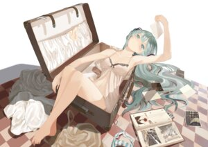 Rating: Safe Score: 101 Tags: cleavage dress feet hatsune_miku lingerie pantsu shimapan throtem vocaloid User: RaulDJ747