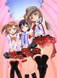 Rating: Safe Score: 24 Tags: garter kousaka_honoka love_live! minami_kotori sonoda_umi tagme thighhighs yagami_shuuichi User: hiroimo2