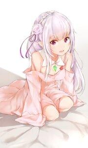 Rating: Safe Score: 68 Tags: cleavage dress emilia_(re_zero) pointy_ears re_zero_kara_hajimeru_isekai_seikatsu silver_(chenwen) User: Mr_GT