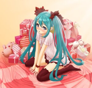 Rating: Safe Score: 24 Tags: hatsune_miku m-sugiyama thighhighs vocaloid world_is_mine_(vocaloid) User: charunetra