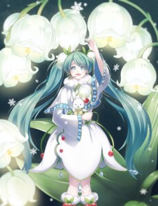 Rating: Safe Score: 39 Tags: dress hatsune_miku kicchan vocaloid yuki_miku User: Mr_GT