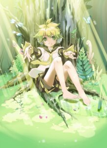 Rating: Safe Score: 14 Tags: headphones hekicha kagamine_len male vocaloid User: hobbito