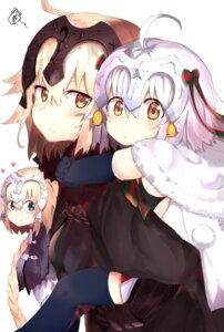 Rating: Safe Score: 50 Tags: fate/grand_order jeanne_d'arc jeanne_d'arc_(alter)_(fate) jeanne_d'arc_(fate) jeanne_d'arc_alter_santa_lily ranf thighhighs User: Mr_GT