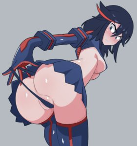 Rating: Questionable Score: 89 Tags: ass gulen kill_la_kill matoi_ryuuko pantsu panty_pull thighhighs underboob User: vkun