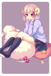 Rating: Safe Score: 64 Tags: ayuma_sayu horns seifuku sweater User: KazukiNanako