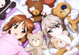 Rating: Safe Score: 15 Tags: bandages girls_und_panzer nishizumi_miho pajama sheets shimada_arisu User: drop