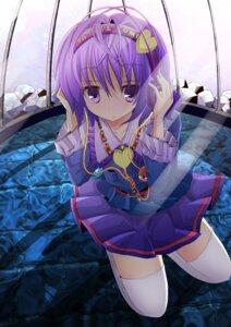 Rating: Safe Score: 20 Tags: headphones komeiji_satori suyaki thighhighs touhou User: petopeto