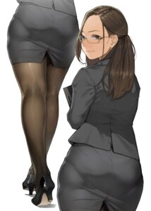Rating: Safe Score: 42 Tags: business_suit heels megane pantyhose yom User: Mr_GT