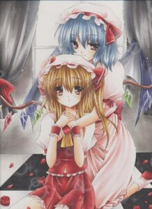 Rating: Safe Score: 7 Tags: flandre_scarlet kirihara_natsuki remilia_scarlet touhou wings User: Radioactive