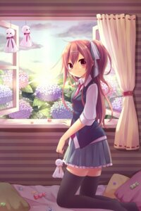 Rating: Safe Score: 32 Tags: amene_kurumi thighhighs User: fairyren