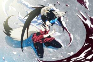 Rating: Safe Score: 45 Tags: animal_ears blade_&_soul kitsune pantyhose sword tail uiu User: tbchyu001