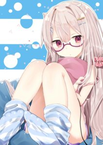 Rating: Safe Score: 41 Tags: abe_suke feet megane User: Mr_GT