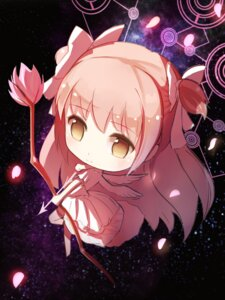 Rating: Safe Score: 42 Tags: chibi dress heels puella_magi_madoka_magica red_flowers ultimate_madoka weapon wings User: charunetra