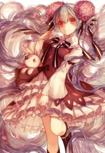 Rating: Safe Score: 60 Tags: dress hatsune_miku sakura_miku vocaloid yashiromann User: 麻里子