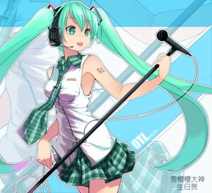 Rating: Safe Score: 29 Tags: hatsune_miku headphones vocaloid yykuaixian User: charunetra
