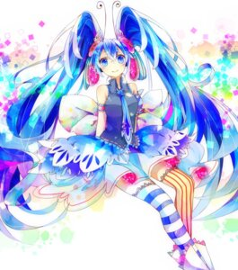 Rating: Safe Score: 21 Tags: hatsune_miku hoshino_kisora vocaloid User: mahoru