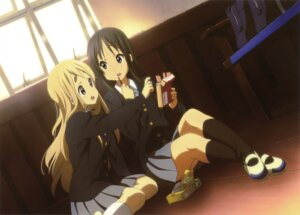 Rating: Safe Score: 37 Tags: akiyama_mio jpeg_artifacts k-on! kotobuki_tsumugi seifuku User: PPV10