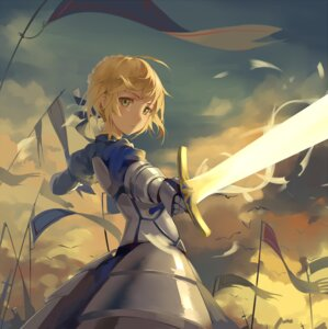 Rating: Safe Score: 63 Tags: armor fate/stay_night fate/stay_night_unlimited_blade_works fate/zero huanxiang_heitu saber sword User: sylver650