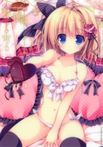 Rating: Questionable Score: 181 Tags: bra nanaroba_hana pantsu thighhighs valentine User: 雪車町
