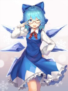 Rating: Safe Score: 31 Tags: cirno megane rin_falcon touhou wings User: Mr_GT