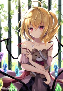 Rating: Safe Score: 61 Tags: bandages dress flandre_scarlet hyurasan touhou watermark wings User: hiroimo2