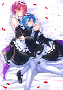 Rating: Safe Score: 76 Tags: maid pantyhose ram_(re_zero) re_zero_kara_hajimeru_isekai_seikatsu rem_(re_zero) swordsouls User: Mr_GT