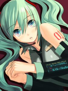 Rating: Safe Score: 16 Tags: aliasing hatsune_miku okaka vocaloid User: fireattack
