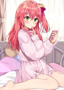 Rating: Questionable Score: 45 Tags: hololive racchi. sakura_miko sweater User: Mr_GT