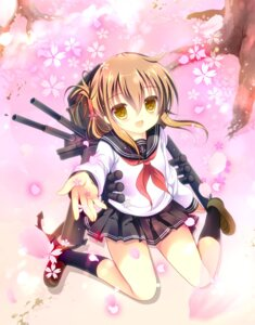 Rating: Safe Score: 25 Tags: inazuma_(kancolle) kantai_collection seifuku shirogane_hina User: fairyren