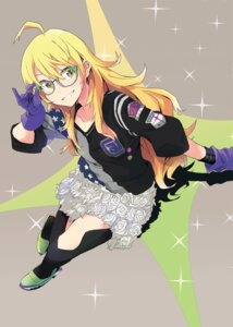 Rating: Safe Score: 32 Tags: heels hoshii_miki megane pantyhose the_idolm@ster yoshito User: Zenex